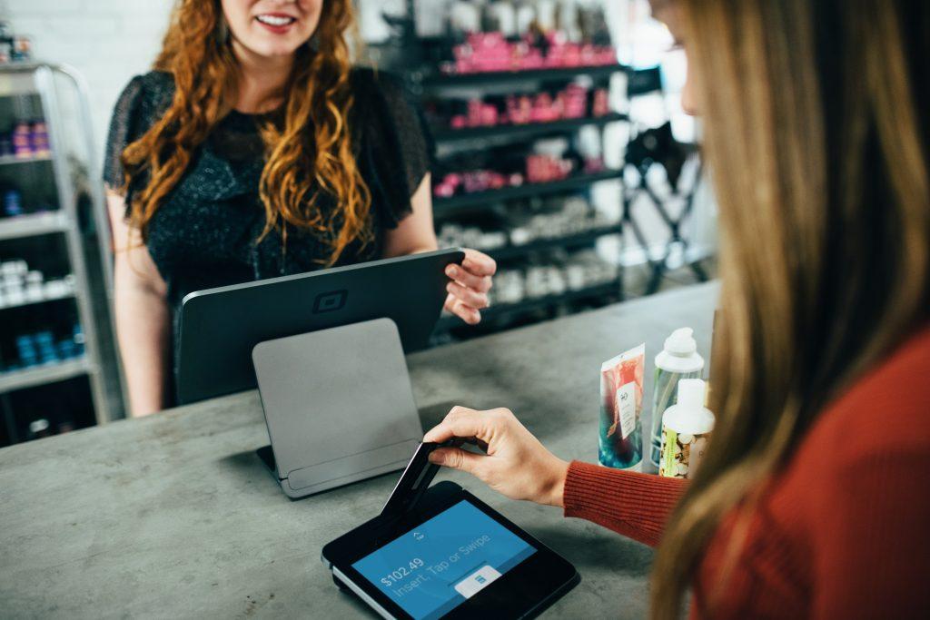Klientu apkalpošana, darbs ar klientiem